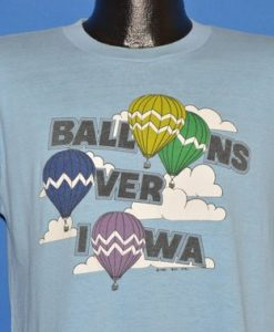 80s Hot Air Balloons Over Iowa t-shirt Medium